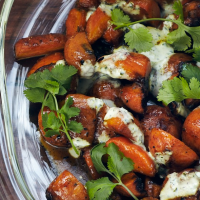 Roasted carrots with cumin yoghurt